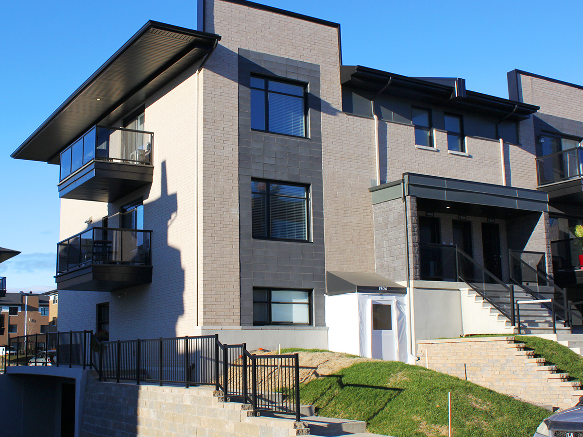 projet de fen234tres pour condominiums solaris